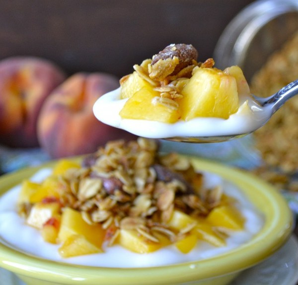 Honey Vanilla Almond Granola, healthy and delicious!