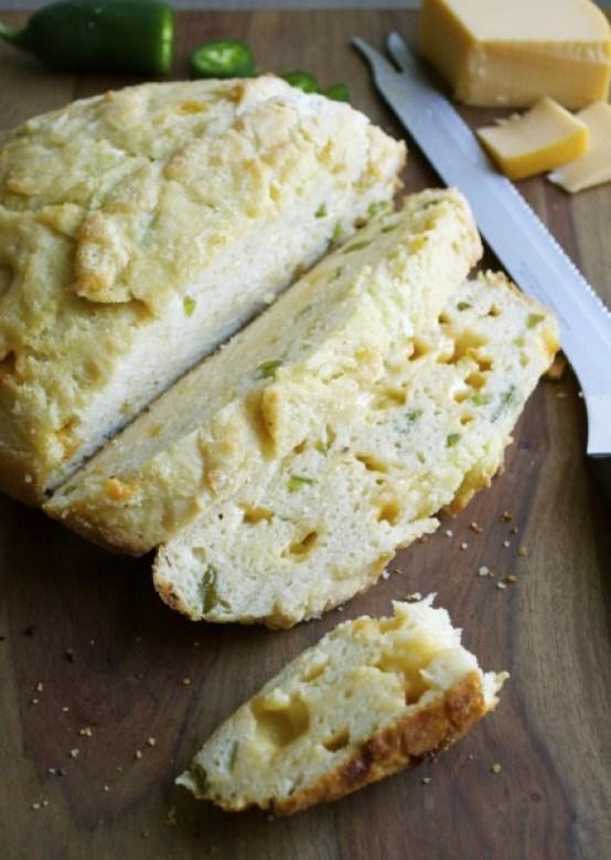 The very best gluten free bread: Smoked Gouda + Jalapeño Beer Bread www.maebells.com