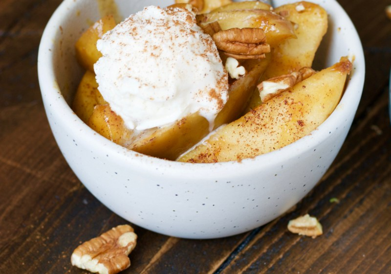 These Slow Cooker Pumpkin Spiced Apples are the ultimate autumn comfort food! You will love these tender apples packed with pumpkin spice and cinnamon flavor!