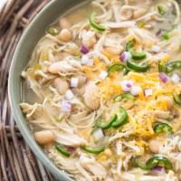 Slow Cooker White Bean Chicken Chili Verde + Video