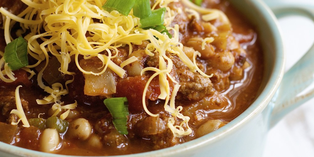 Black Eyed Pea and Cabbage Soup, PERFECT for new years! www.maebells.com