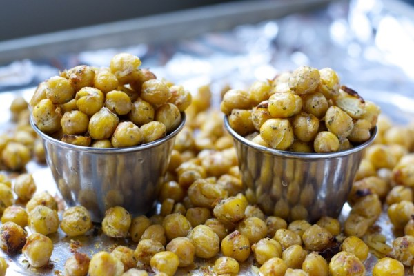 Ranch Roasted Chickpeas