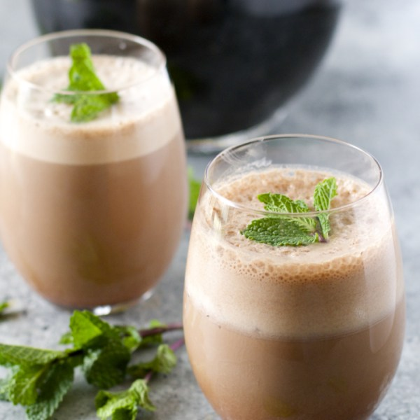 Protein Packed Peppermint Mocha! #McCafeMyWay #Ad This drink is so simple, it will be your new favorite!