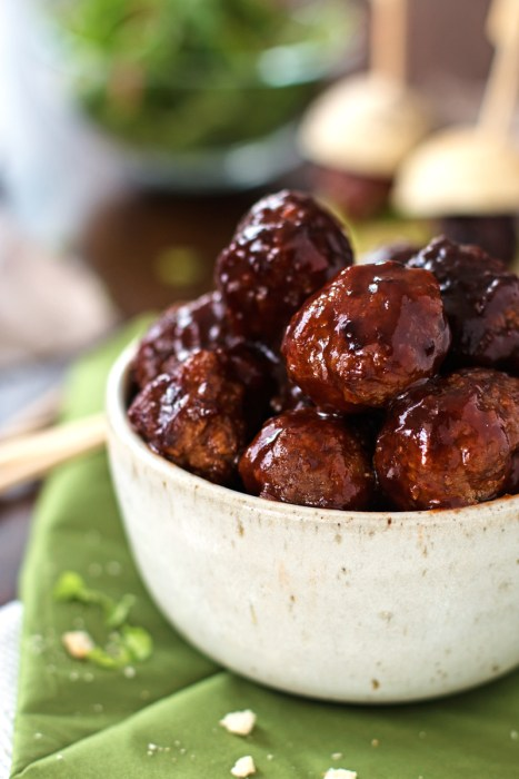 Sticky BBQ Slow Cooker Meatballs