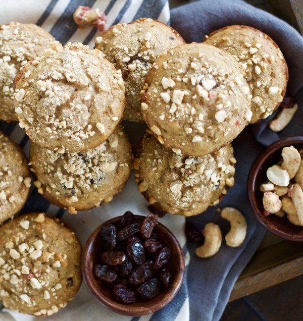 Cinnamon Raisin Muffins with Vanilla Cashew Crumble
