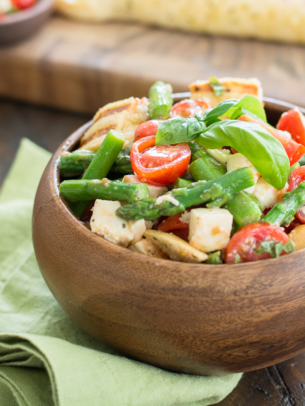 Asparagus and Tomato Panzanella Salad