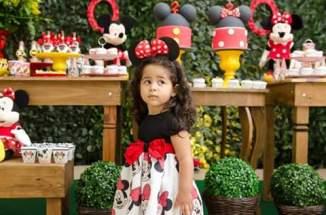 Vestido Temático Modelo Minnie Mouse