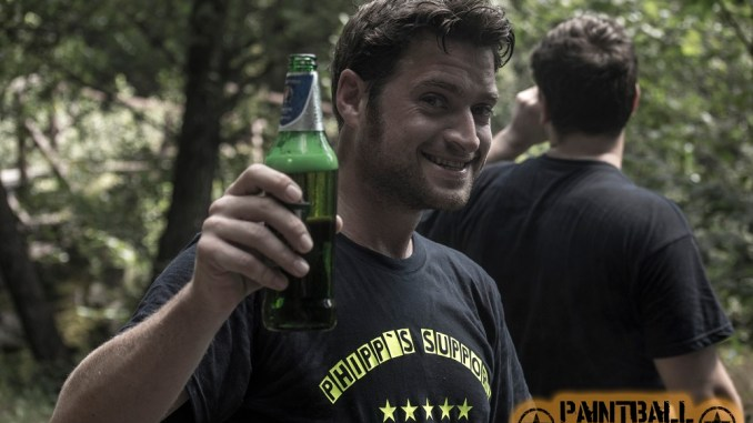 Wolfi gönnt sich in einer Pause ein Bier