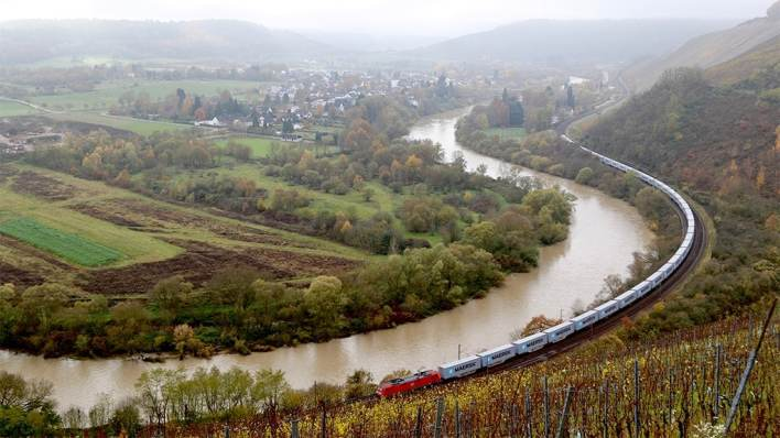 Maersk's first block train for Amica from China to Poland 's border.