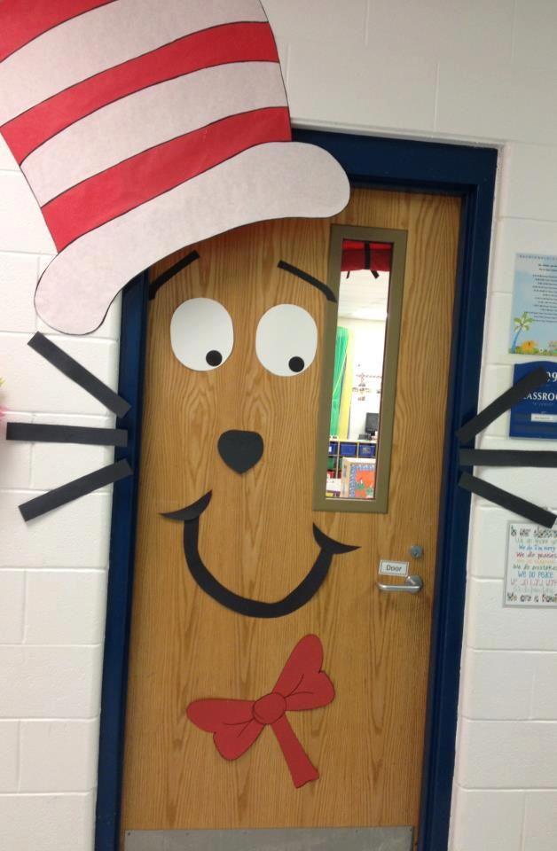 Maestraemamma idee per decorare l 39 aula per natale porte for Abbellire la classe per natale