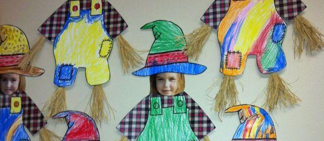 foto-decorare-aula-pannello-scuola-autunno