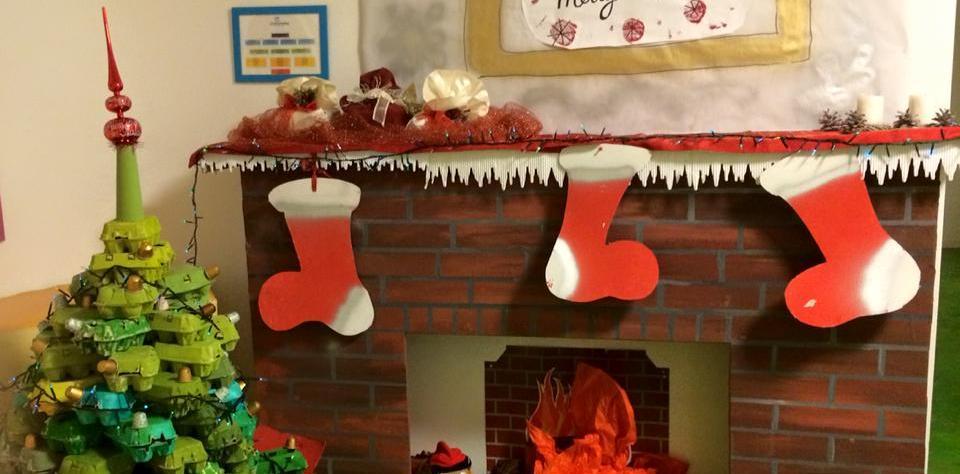 Natale ricco con materiale povero (ALBERI DI NATALE CON ...
