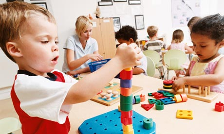 https://aprendiendomatematicas.com/wp-content/uploads/2017/12/niños-jugando.jpg