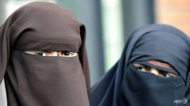 """Video: """"Our Tradition is that You Show Your Face""""...Swiss Vote on """"Burqa Ban"""""""