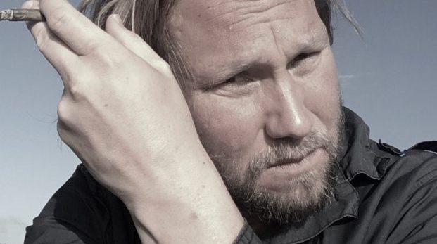 Sverigedemokraternas vattenpojkar och hejaklacksledare