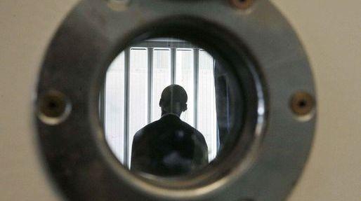 Att överleva i fängelse