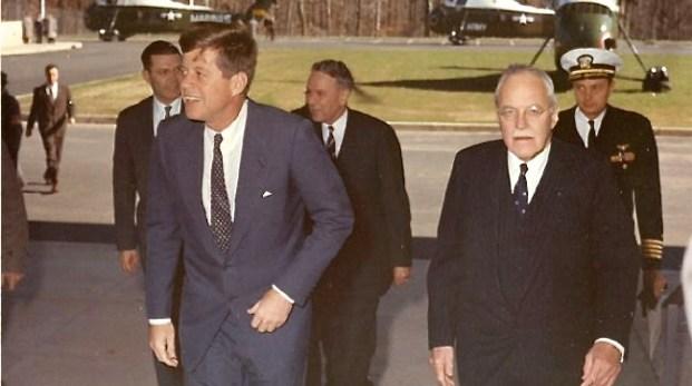 Kennedymordet del 6 Kennedys fiender