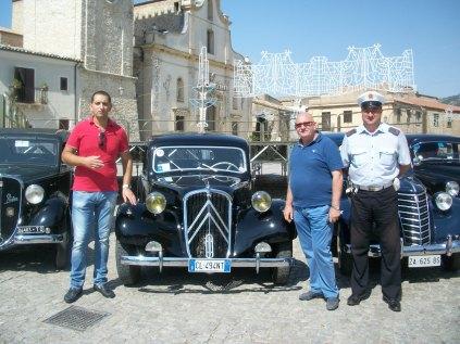 26-08-2012 Ruduno autovetture d'epoca di Villabate