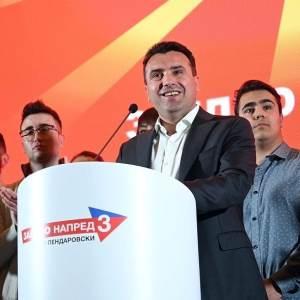 Заев: Градоначалниците од СДСМ да не глумат локални шерифи
