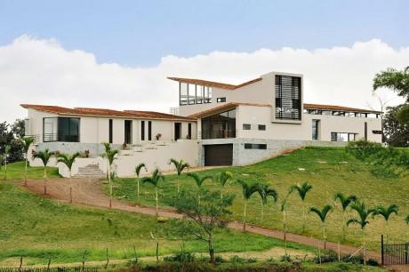 Дом на холме в Коста-Рике