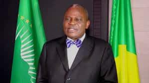 """Benoît Koukebene,homme d'Etat: """"messages panafricains"""". Photo Magazine Ngambo Na Ngambo.janvier 2016,Paris."""