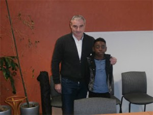 Ex-footballeur connu Alain CAVEGLIA et le jeune Elie Kongo.