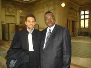 Freddy Mulongo et son avocat français.