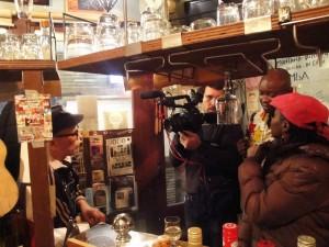 Tokyo: interview télévisée du guitariste japonais Daisuke