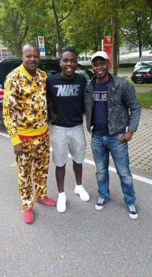 Ex-joueur Jean-Paul Boleka,Orel Mangala et journaliste Serge Tungila.