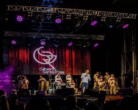 El cantante puertorriqueño Gilberto Santa Rosa y su grupo tocan por primera vez para una audiencia cubana en el Varadero Josone Festival. Foto: Kako Escalona/ Magazine AM:PM.