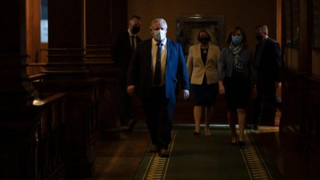 Ontario emite orden de quedarse en casa y declara el tercer estado de emergencia