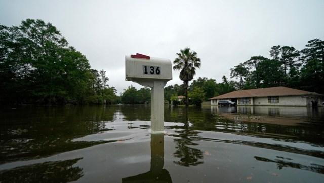 Claudette recupera la fuerza de tormenta tropical