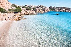 Sardinien | Foto: iStock/CAHKT