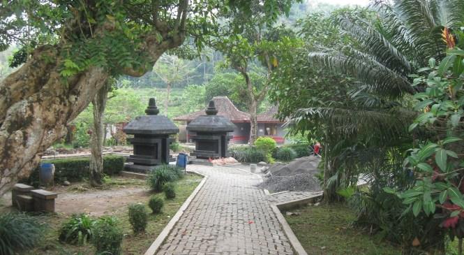 Candi Umbul: Patirtan Para Bangsawan Mataram Kuno