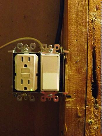 DSCF3274 gfic receptacle