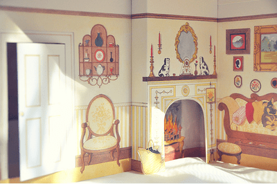 {doll houses}