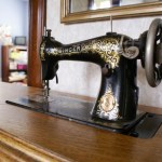 {my 1916 Singer sewing machine ~ detail shots}