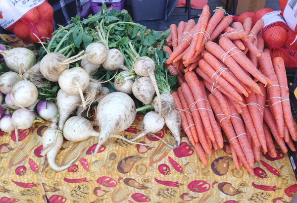 vegetables-farmers-market-gussy-sews