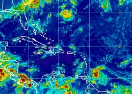 Tropical Disturbance To Move Through Windwards On Saturday