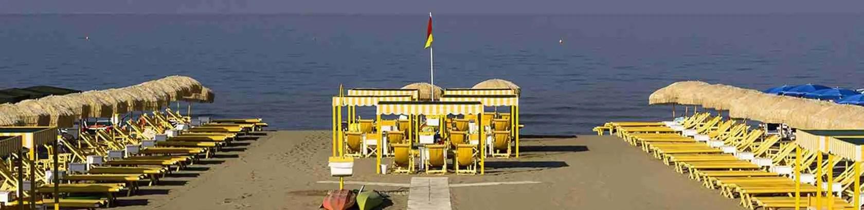 Le escort Pisa adorano raggiungere, nel periodo estivo, le spiagge della Versilia per trascorrere una giornata al mare.