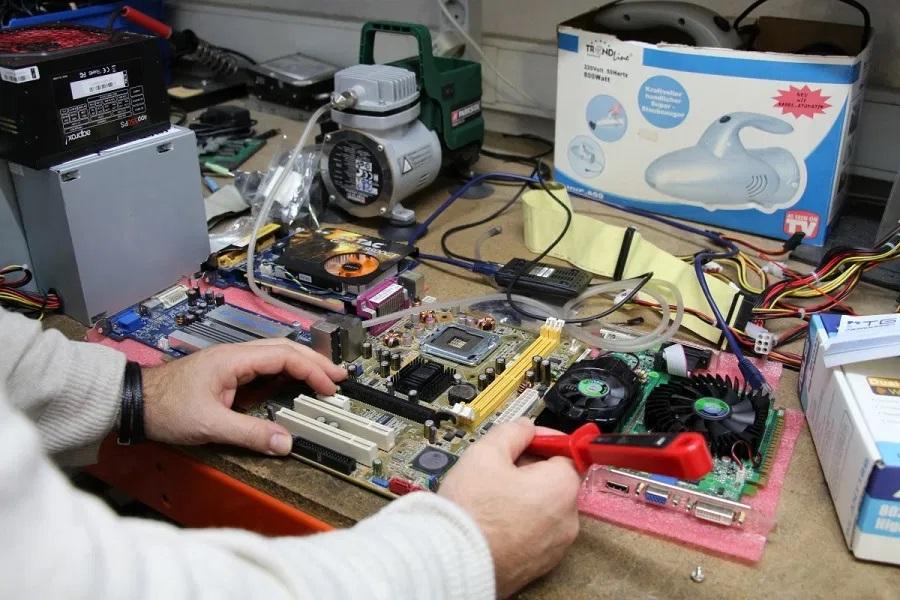 Reparaciones ordenadores y portátiles