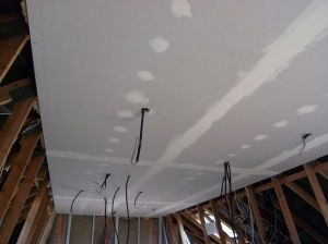 Blog de magicmanu :Aménagement de notre maison, Bandes et enduit plafond