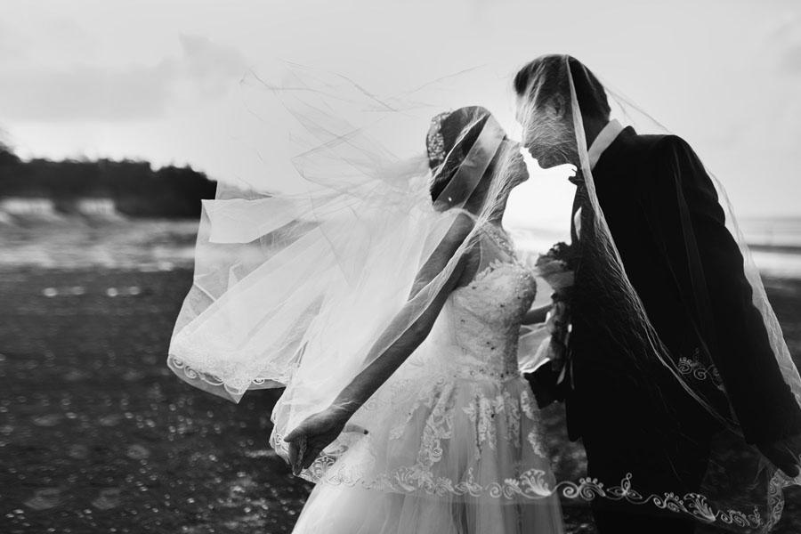 Wedding Photos through Magic Moments