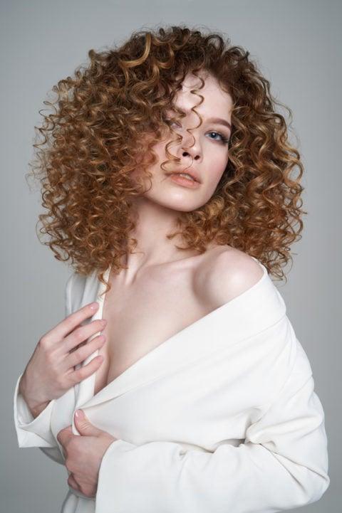 Redefines-Curls-480x721