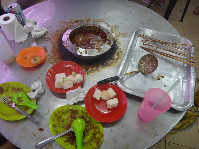 messy business this boiling satay