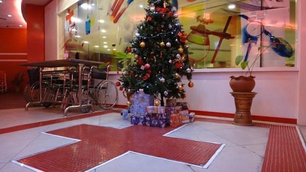Medic Restaurant Christmas Tree