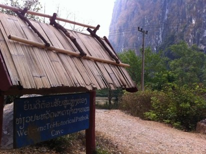 Nong Khiaw - Pathok Caves - Sign From The Road