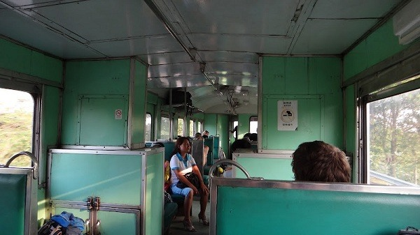 Vientiane to Bangkok - Inside the train from Thanaleng to Nong Khai