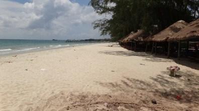 Hawaii Beach, Sihanoukville - Beaches and Huts
