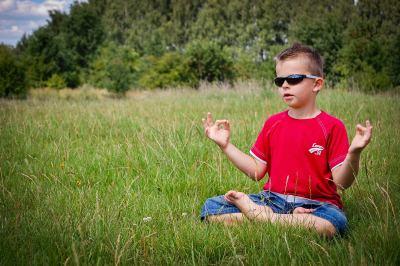 3 pratiques de pleine conscience à faire avec vos enfants
